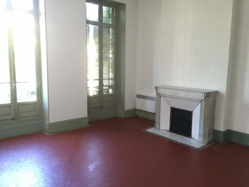 Biens louer appartement marseille 06 13006 prix 850 for Appartement atypique 13006
