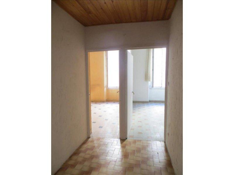 Biens vendre appartement marseille 06 13006 prix 99 for Appartement atypique 13006