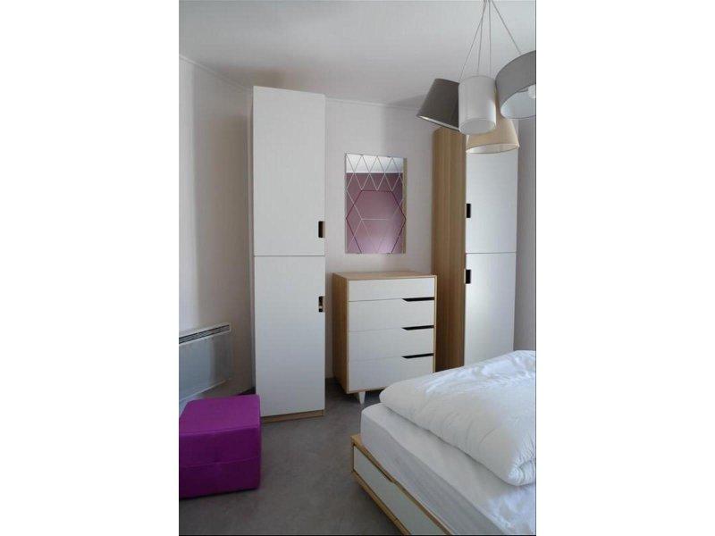 biens louer t2 meuble blancarde 13005 prix 640 agence immobili re marseille appartement. Black Bedroom Furniture Sets. Home Design Ideas