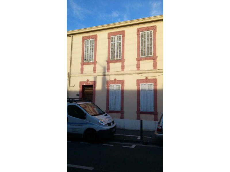 Biens louer appartement marseille 08 13008 prix 645 for Agence immobiliere appartement a louer