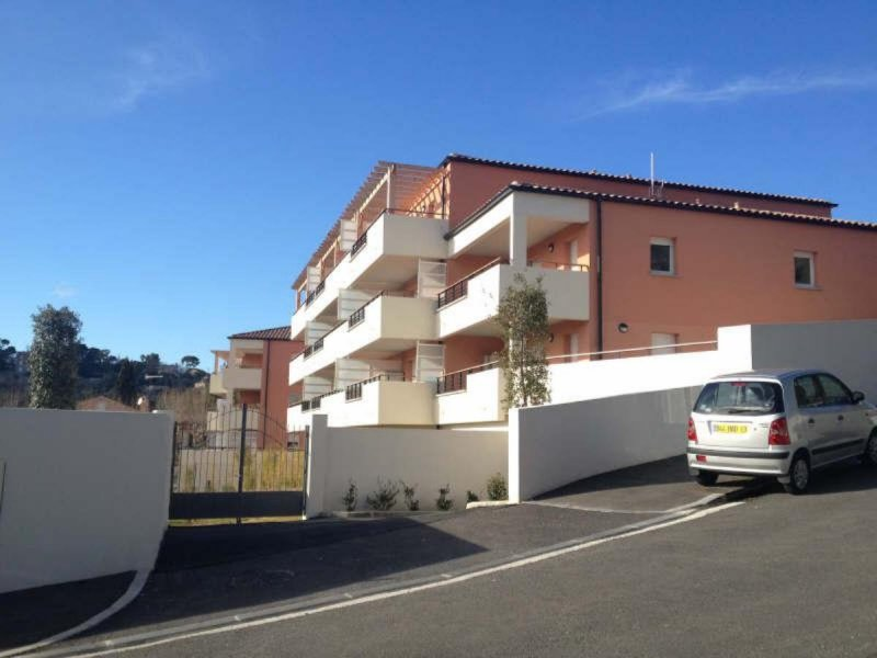 Biens louer box st julien 13012 prix 70 agence for Agence immobiliere 13012
