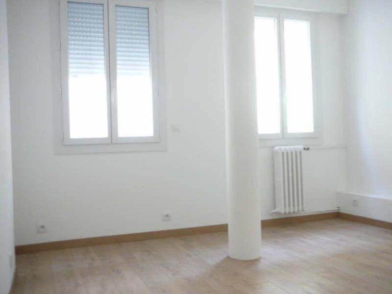 Biens louer studio vieux port 13007 prix 350 agence for Acheter studio marseille