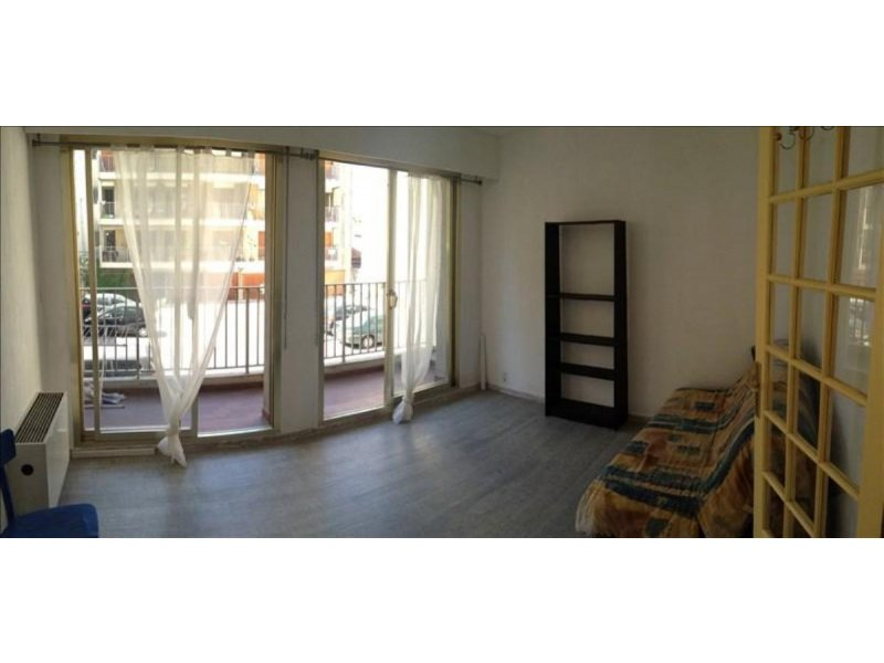 biens vendre studio liberation 13001 prix 69 000 agence immobili re marseille appartement. Black Bedroom Furniture Sets. Home Design Ideas