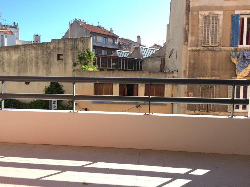 Biens louer appartement marseille 03 13003 prix 720 for Agence immobiliere appartement a louer